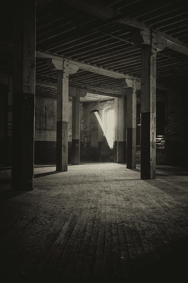 Abandoned Photograph - The Back Room by Lindy Grasser