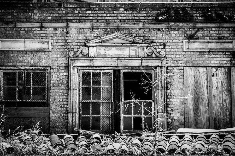 Baker Hotel Photograph - The Baker Hotel by Amber Dopita