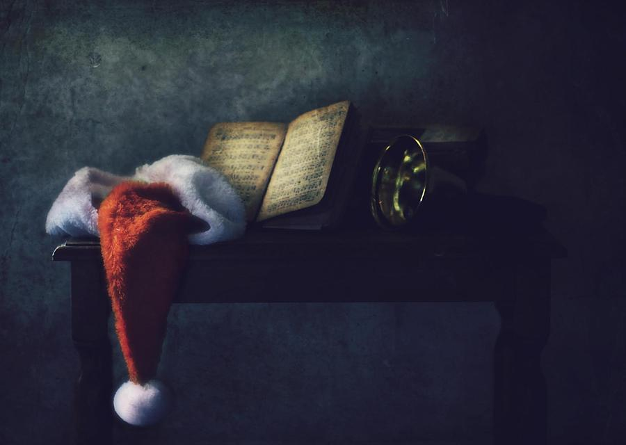 Christmas Photograph - The Bell by Delphine Devos