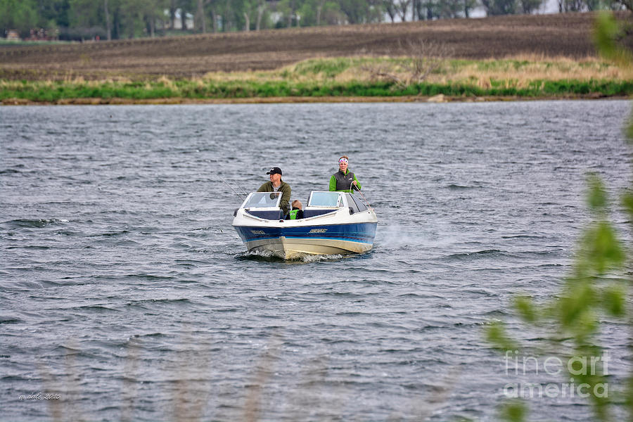 South Dakota Photograph - The Boater by M Dale