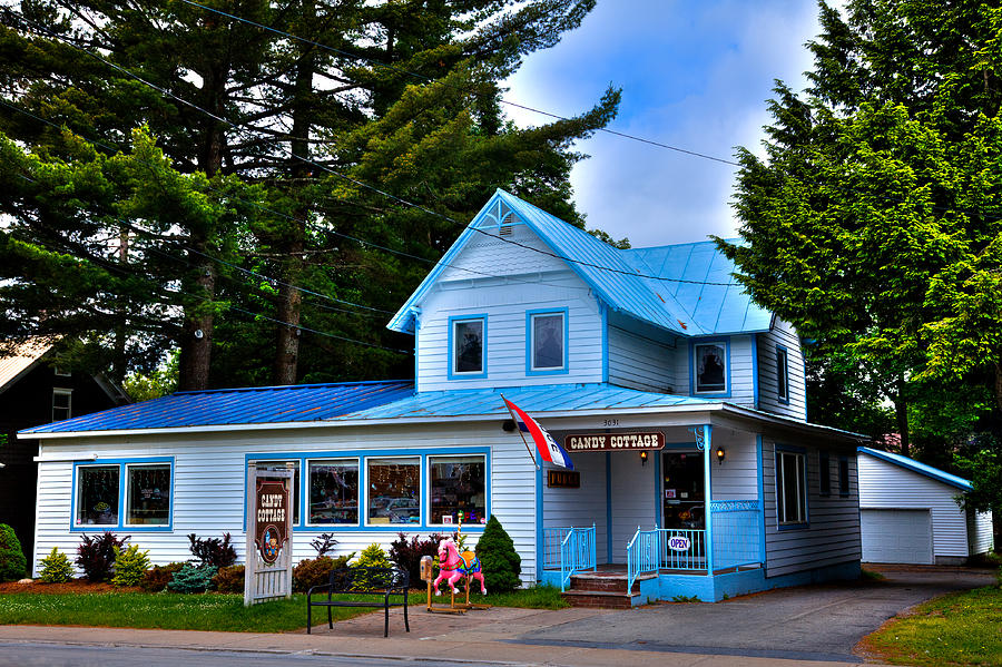 The Candy Cottage In Old Forge Ny Photograph By David