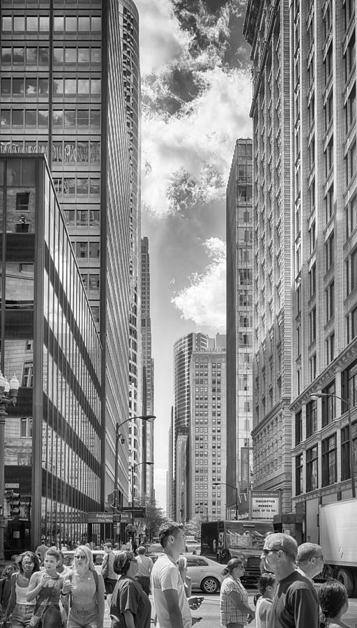 Abstract Photograph - The Chicago Loop by Howard Salmon
