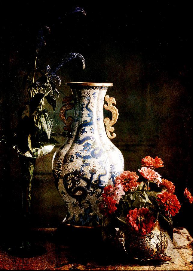 Still Life Digital Art - The Chinese Vase by Sarah Vernon