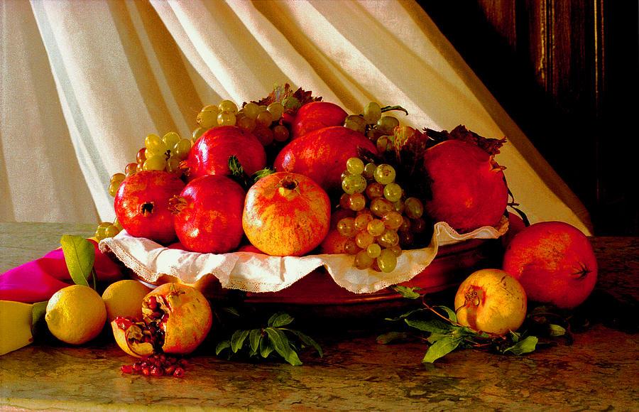 Caravaggio Photograph - The Fruits Of Caravaggio by Luciano Comba
