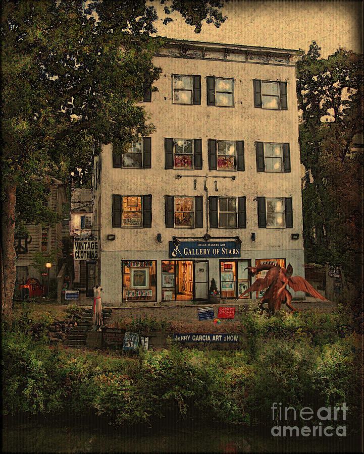 Buildings Photograph - The Gallery by Colleen Kammerer