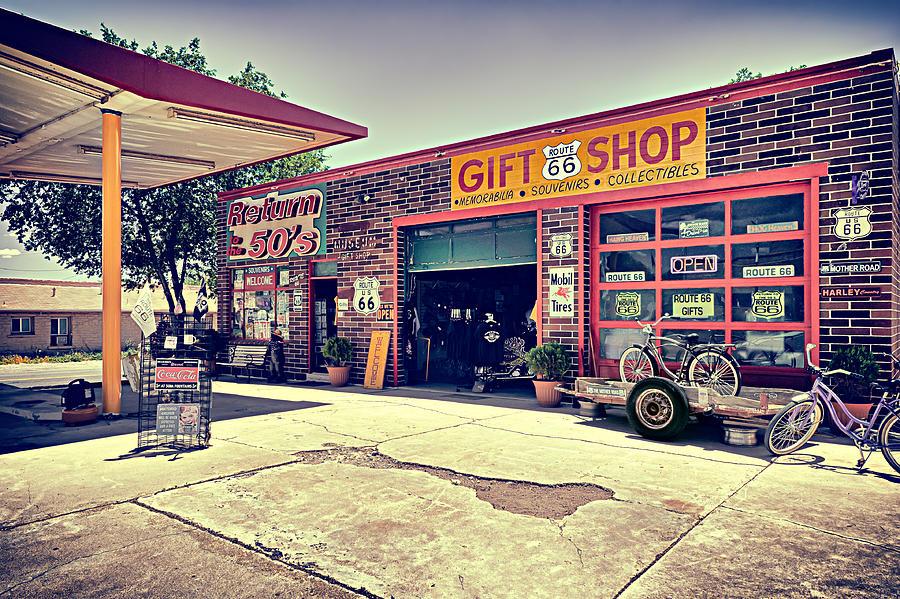 Usa Photograph - The Garage by Radek Spanninger