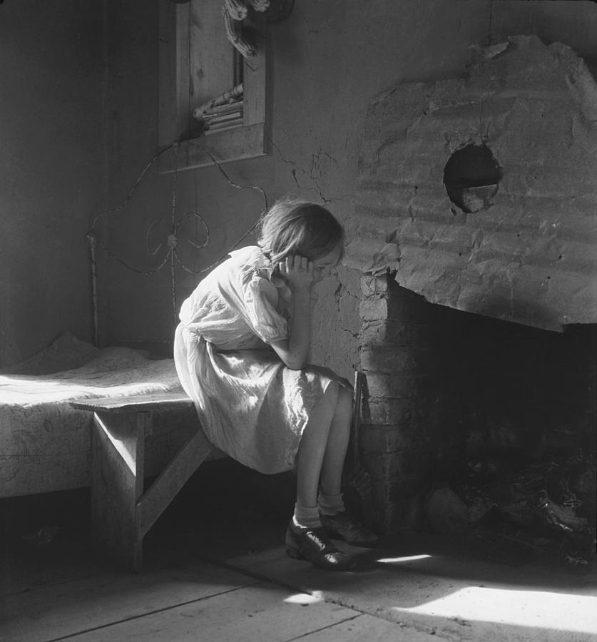 History Photograph - The Great Depression. Young Girl by Everett