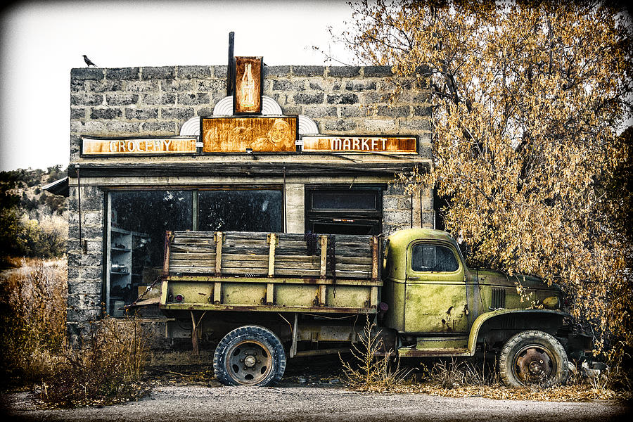 Country Store Photograph - The Green Truck Grocery Market by Humboldt Street