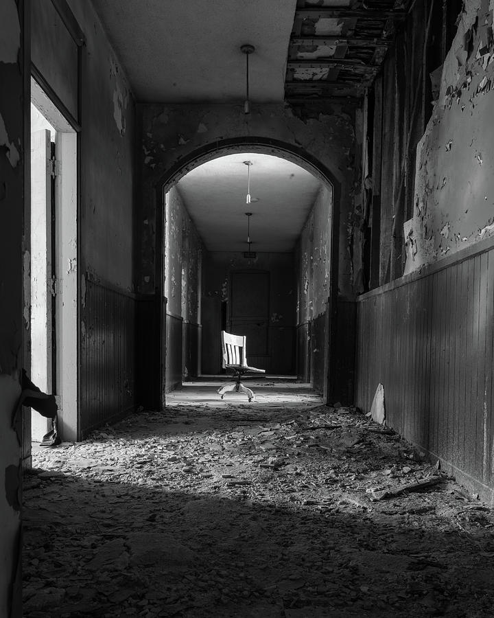 Abandoned Photograph - The Hallway by Lindy Grasser