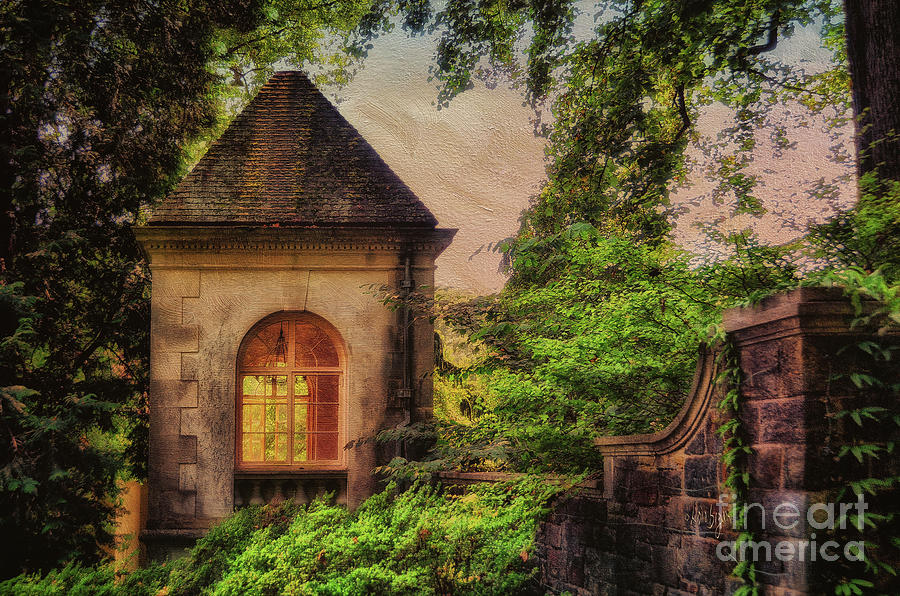 House Photograph - The Hideaway by Lois Bryan