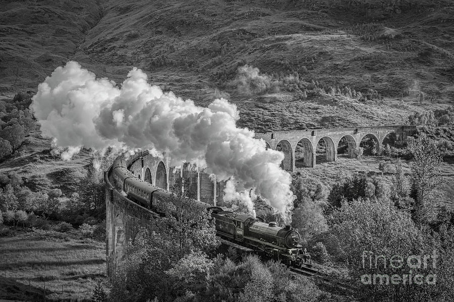 Jacobite Photograph - The Jacobite at Glenfinnan by Colin and Linda McKie