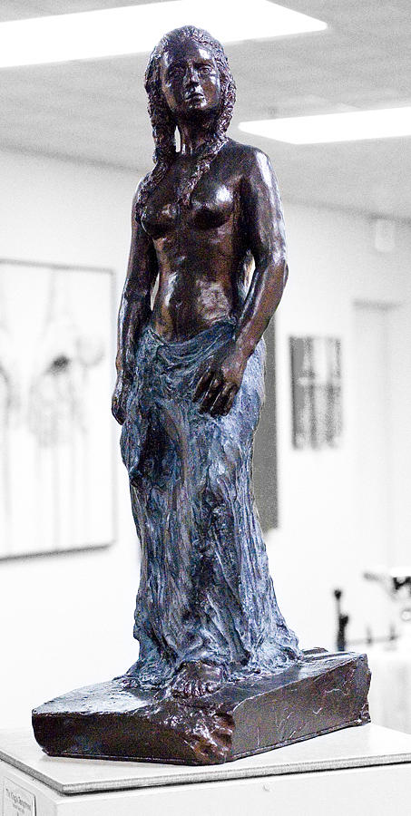 Female Sculpture - The Kings Temptress by Ralph Muncaster