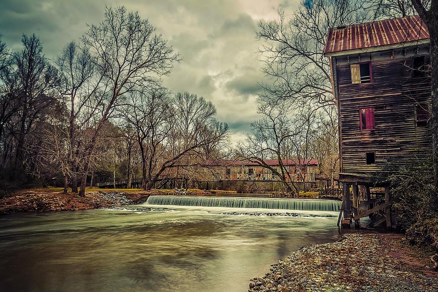 Kymulga Photograph - The Kymulga Mill by Phillip Burrow