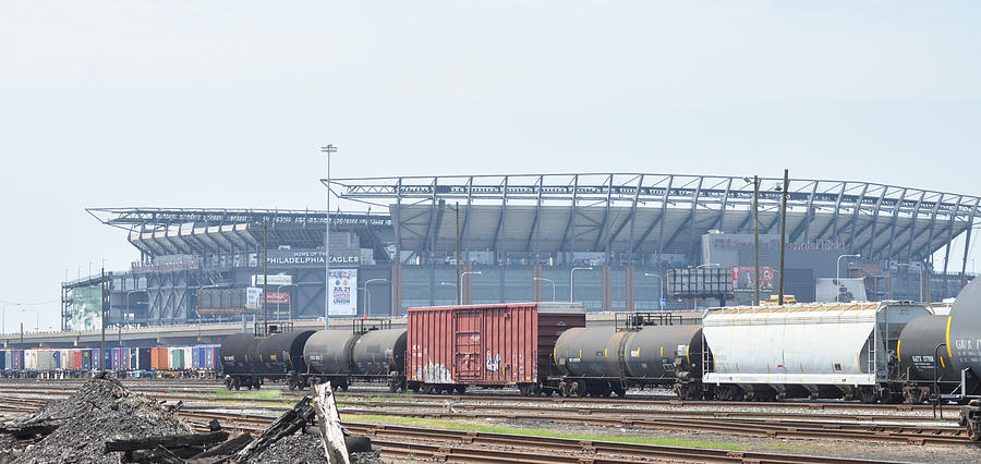 Linc Photograph - The Linc From The Other Side Of The Tracks by Bill Cannon