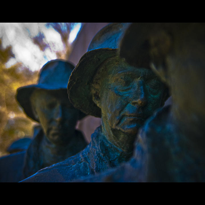 Fdr Memorial Photograph - The Line II by Michael Mancini