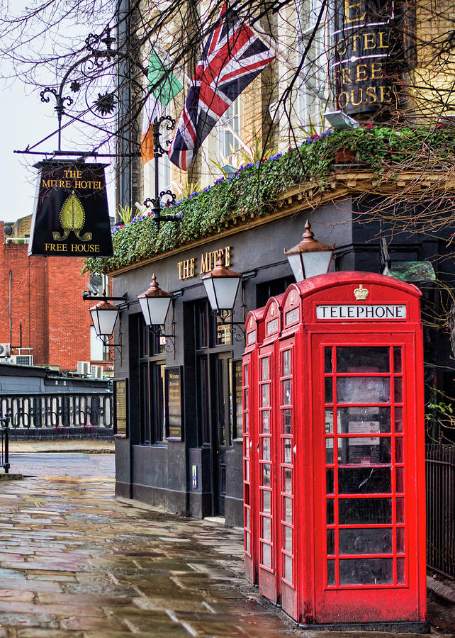 London Photograph - The Local by Heather Applegate