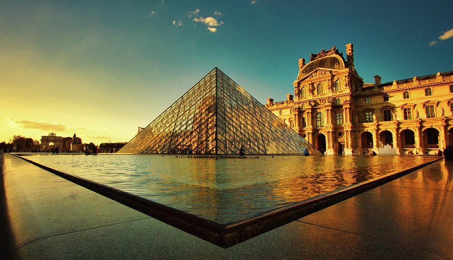 The Louvre Museum by Kevin Schwalbe