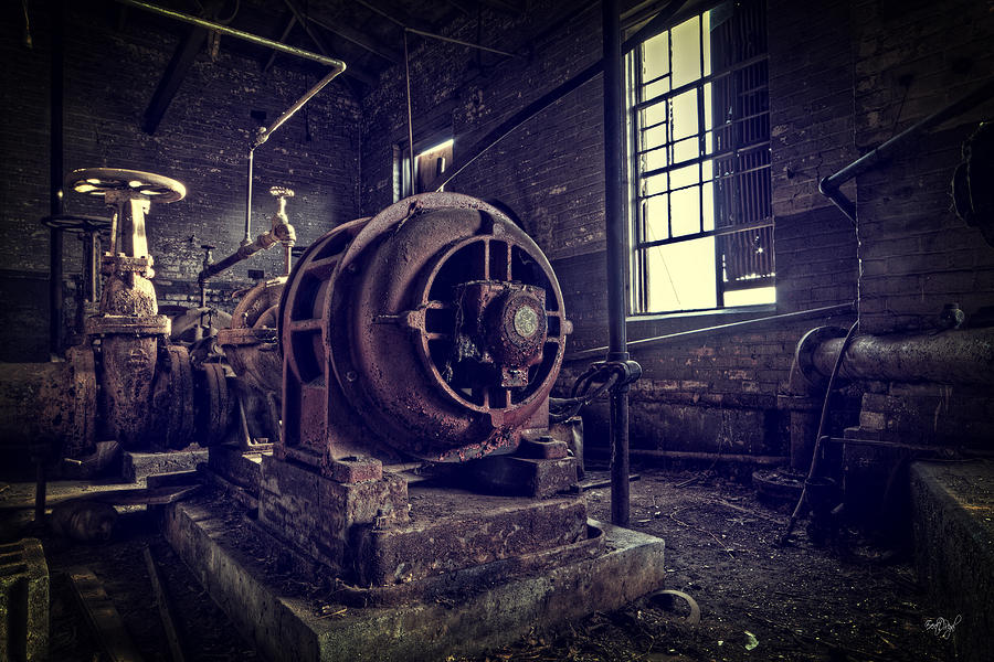 Machine Photograph - The Machine by Everet Regal