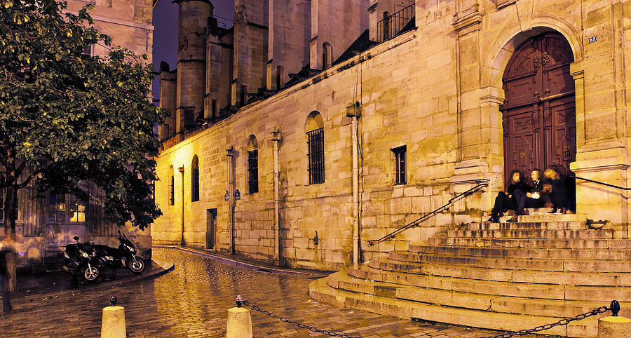 The Magic Steps From Midnight In Paris Photograph
