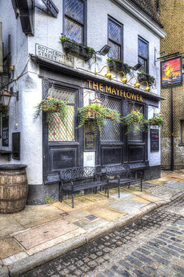 The Mayflower Pub Photograph - The Mayflower Pub London by David Pyatt