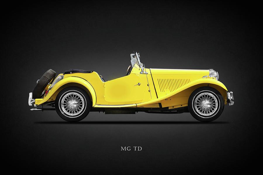 Mg Td Photograph - The MG TD by Mark Rogan
