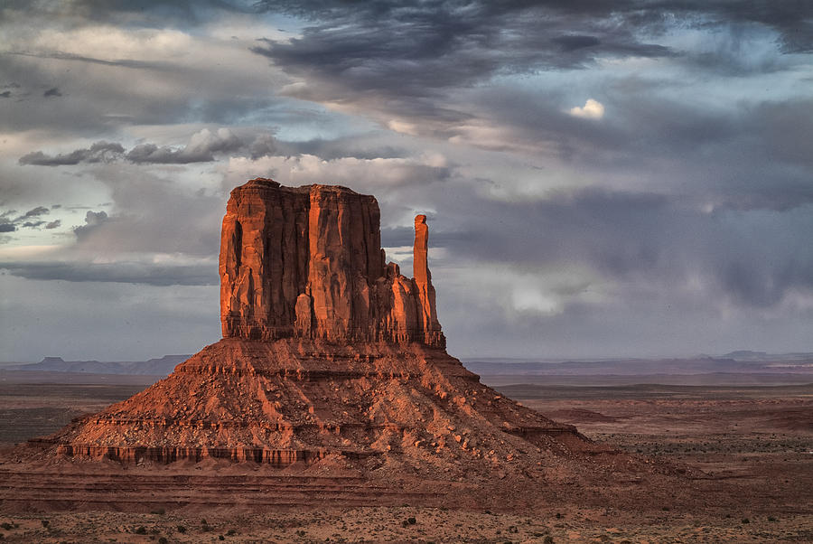 Arizona Photograph - The Mittens I by Robert Fawcett