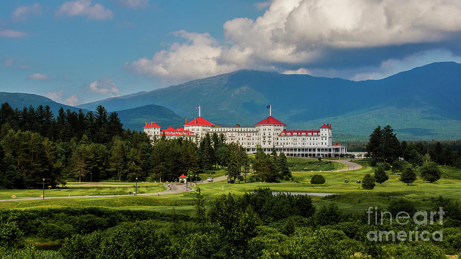 The Mt. Washington Hotel by New England Photography