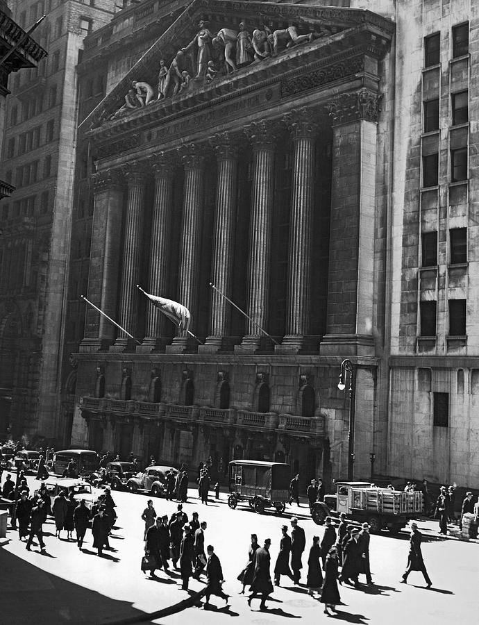 1920s Photograph - The New York Stock Exchange by Underwood Archives
