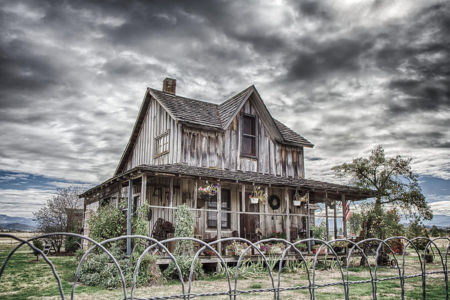 Hdr Photograph - The Old Wood House Rogue Valley Oregon by Rick Starbuck