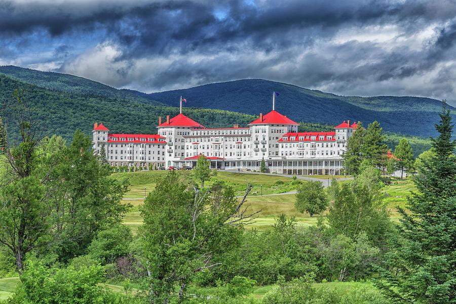 The Omni Mount Washington Resort 4 by Brian MacLean