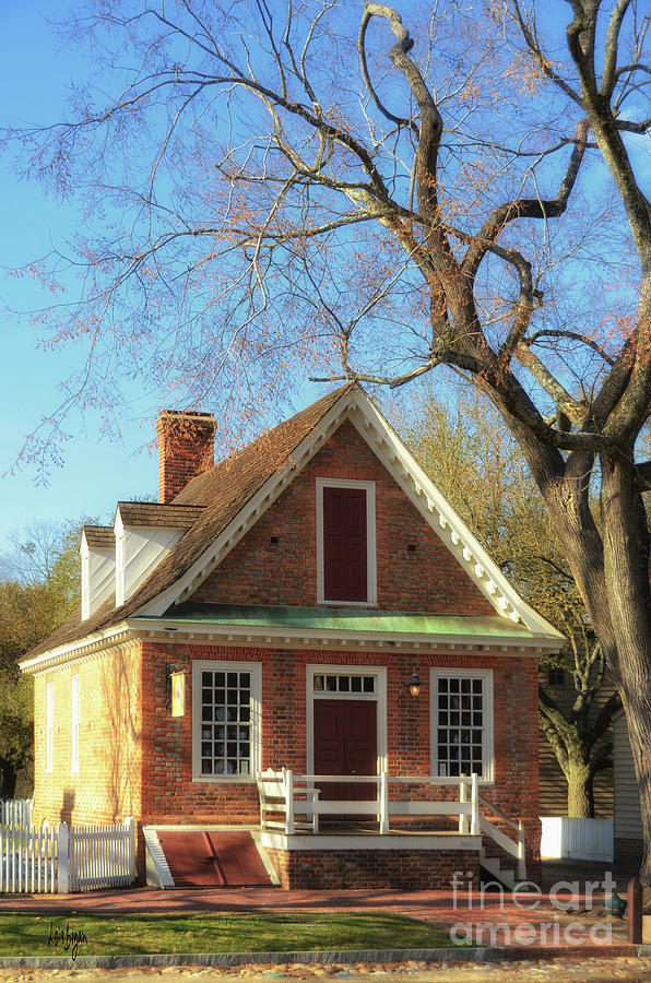 Williamsburg Photograph - The Prentis Store, Colonial Williamsburg by Lois Bryan