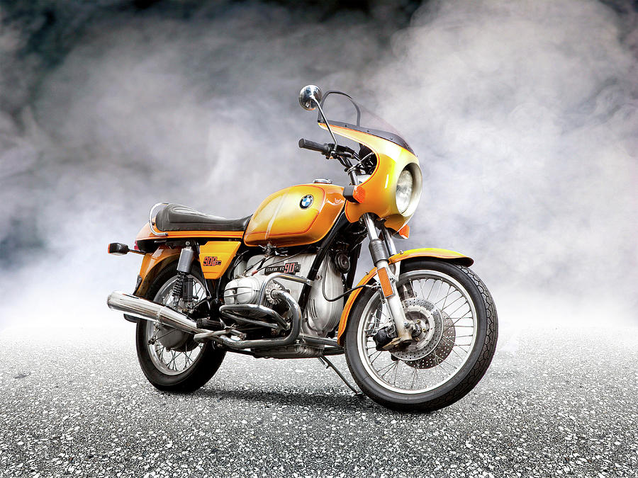 Bmw Photograph - The R90S by Mark Rogan