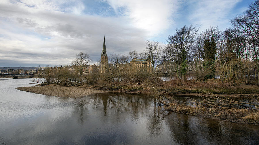 The River Tay by Stephen Dennstedt