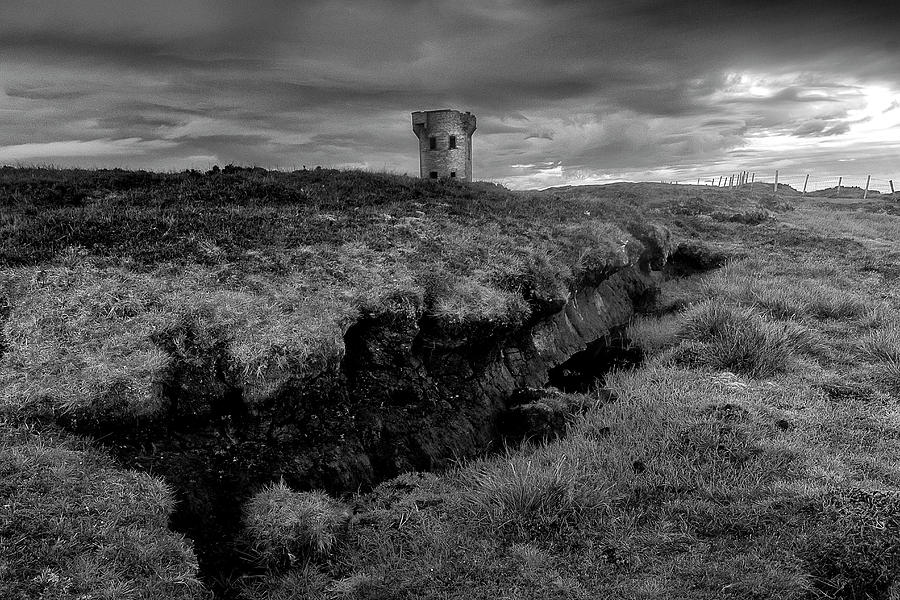Donegal Photograph - The Signal Tower, Glen Head by Glen Sumner