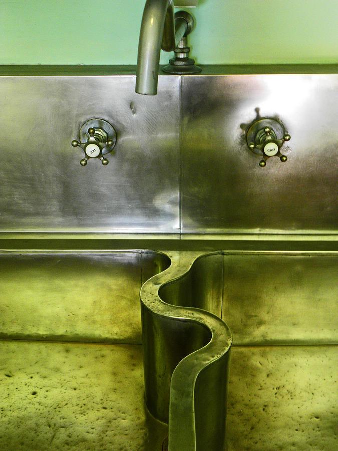 Sink Photograph - The Sink by Elizabeth Hoskinson