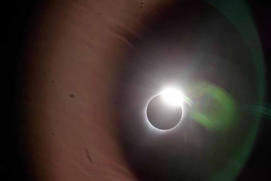 The Solar Iris of an Eclipse by Matt Swinden