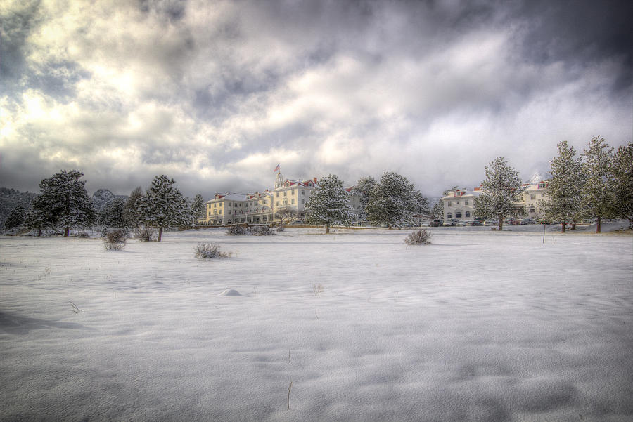 Snow Photograph - The Stanley by G Wigler