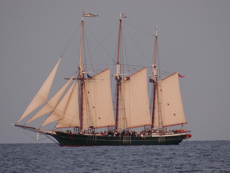 Ships Photograph - The Tall Ship, S/v Denis Sullivan by Linda McAlpine