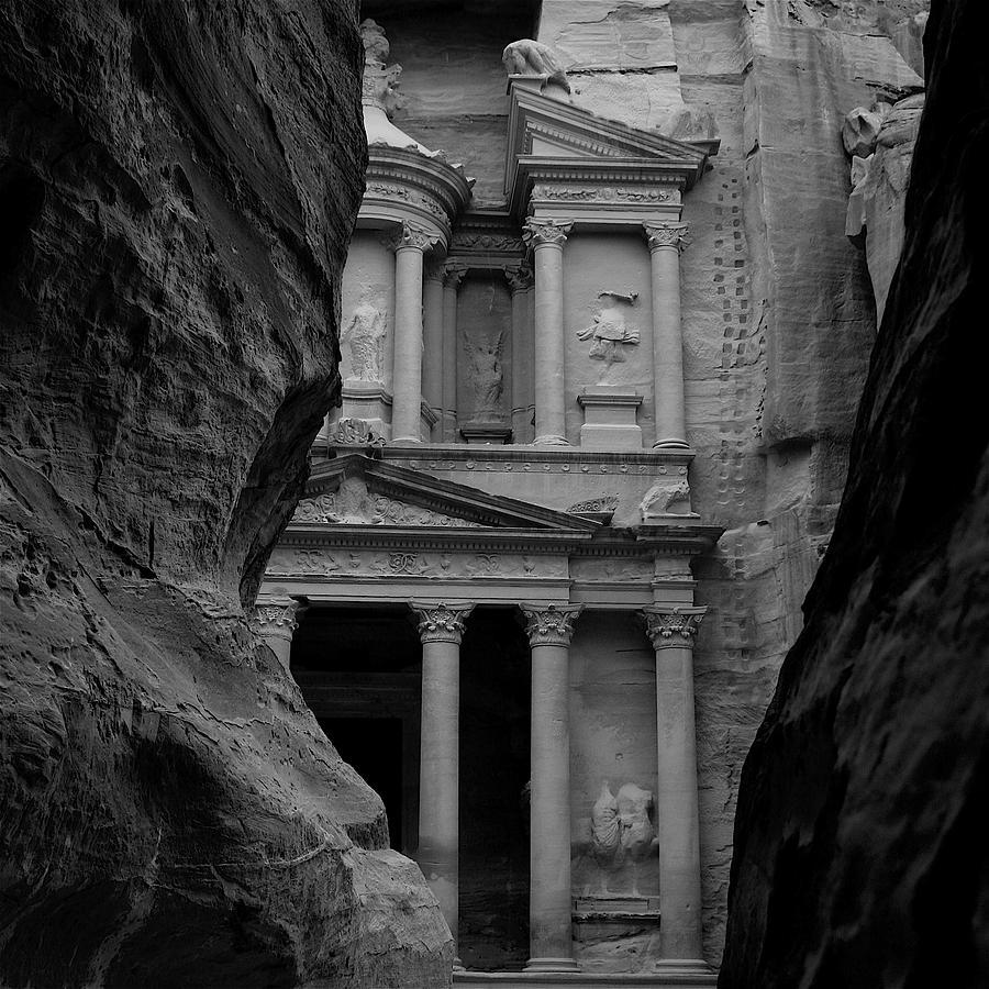 Jordan Digital Art - The Treasury - Petra by Peter Dorrell