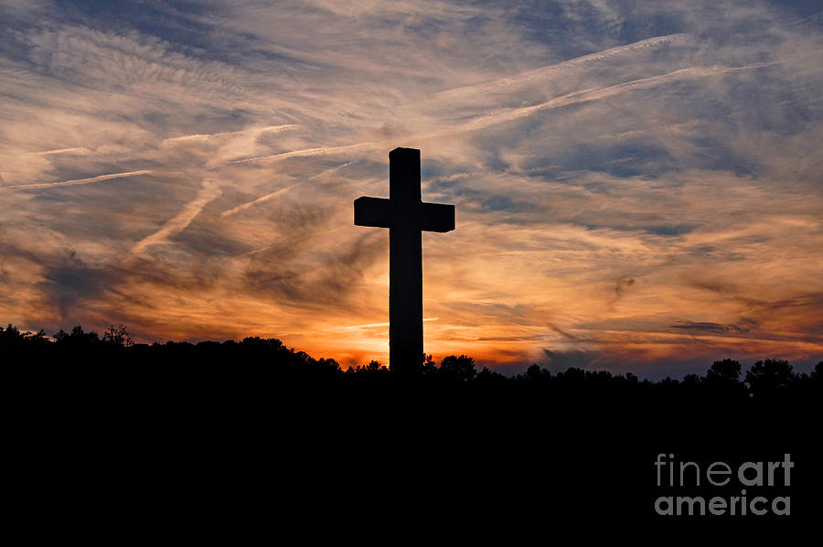 Cross Photograph - The Ultimate Sacrifice by Benanne Stiens