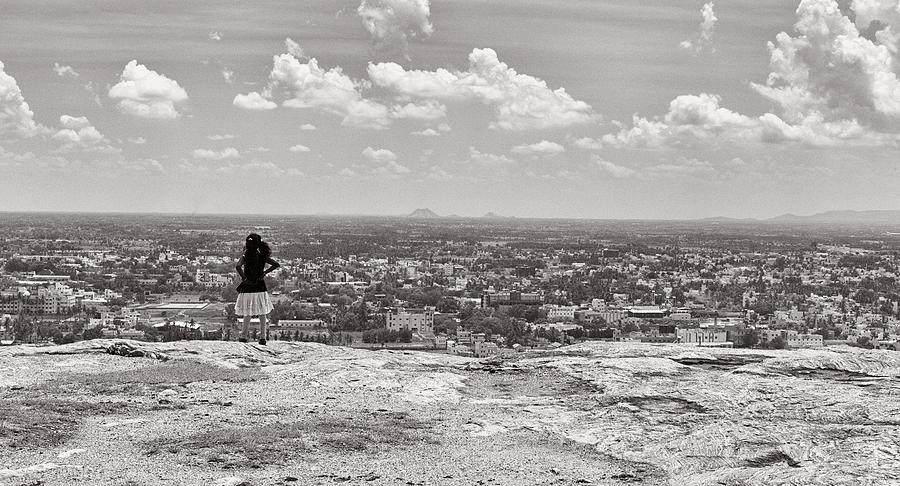 Krishnan Photograph - The View by Krishnan Srinivasan