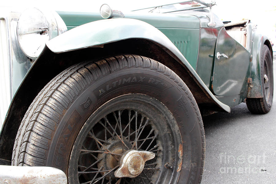 Cars Photograph - The Vintage Mg  by Steven Digman
