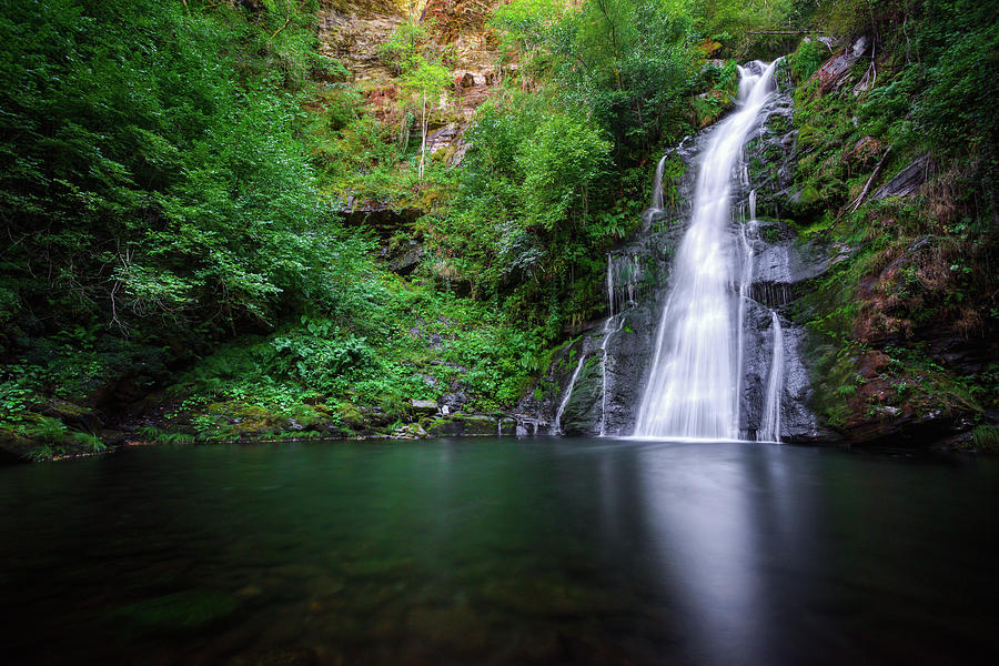 Galicia Photograph - The Waterfall And Large Pool Of Vieiros by Luis Vilanova