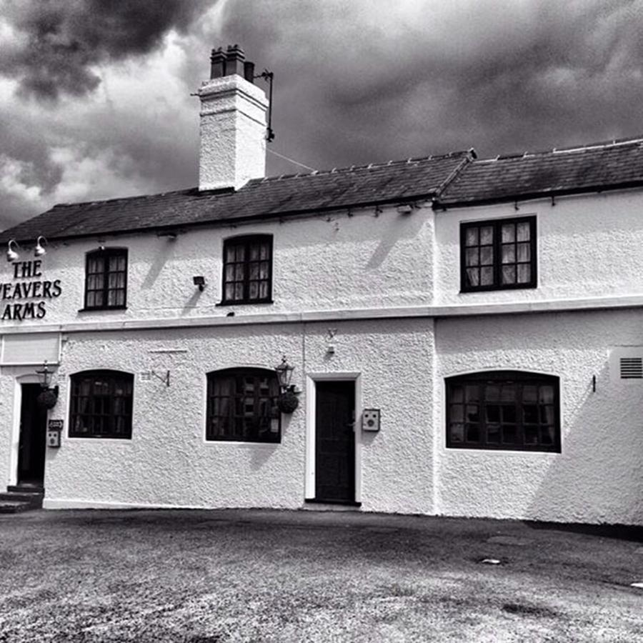 Snapseed Photograph - The Weavers Arms, Fillongley by John Edwards