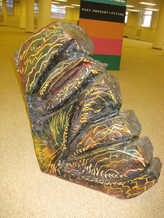 Wood Carving Sculpture - The Wedge by Dalushaka Mugwana