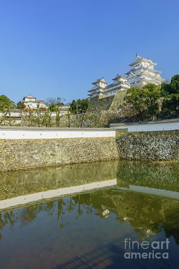 Kobe Photograph - The White Heron Castle - Himeji by Chon Kit Leong
