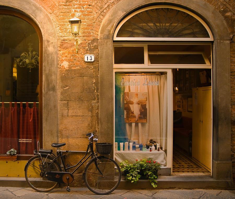 Lucca Photograph - Thirteen by Mick Burkey