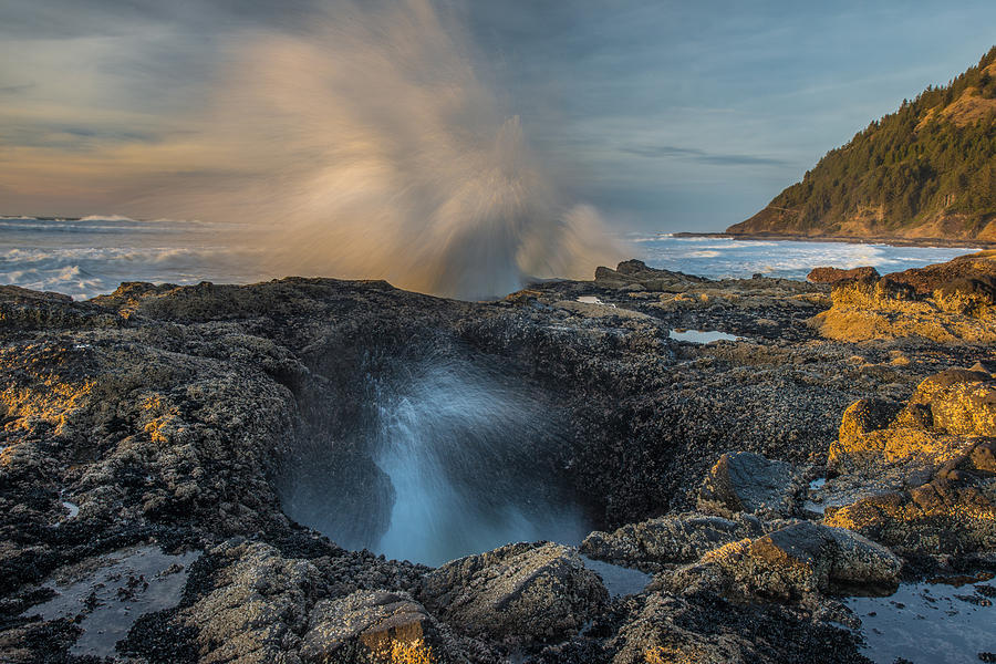 Cape Perpetua Thor's Well Oregon by Rick Dunnuck