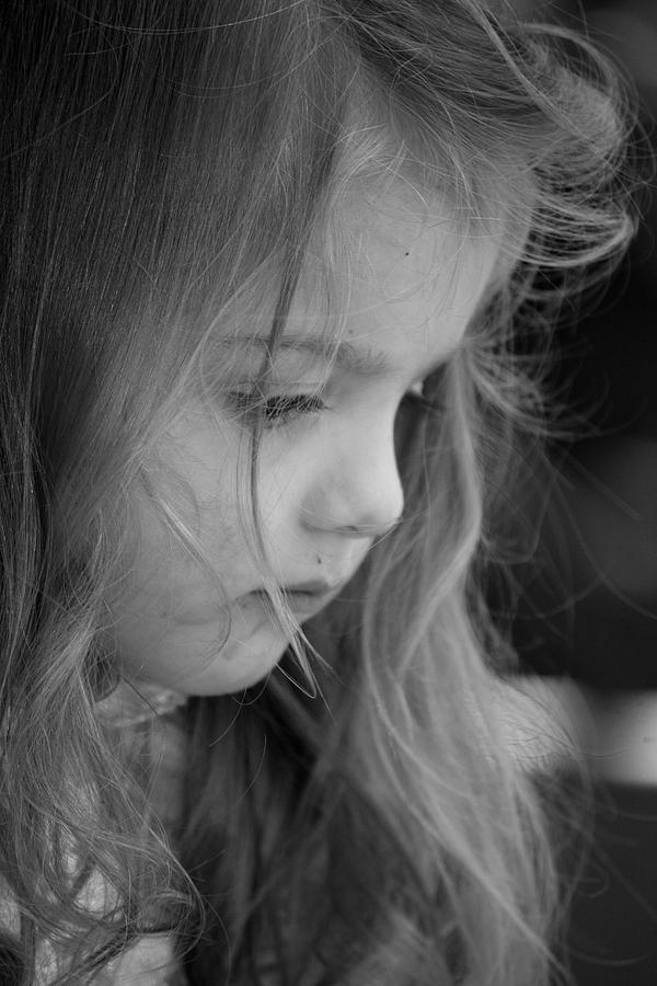 Beauty Photograph - Thoughtful Beauty by Elizabeth Babler