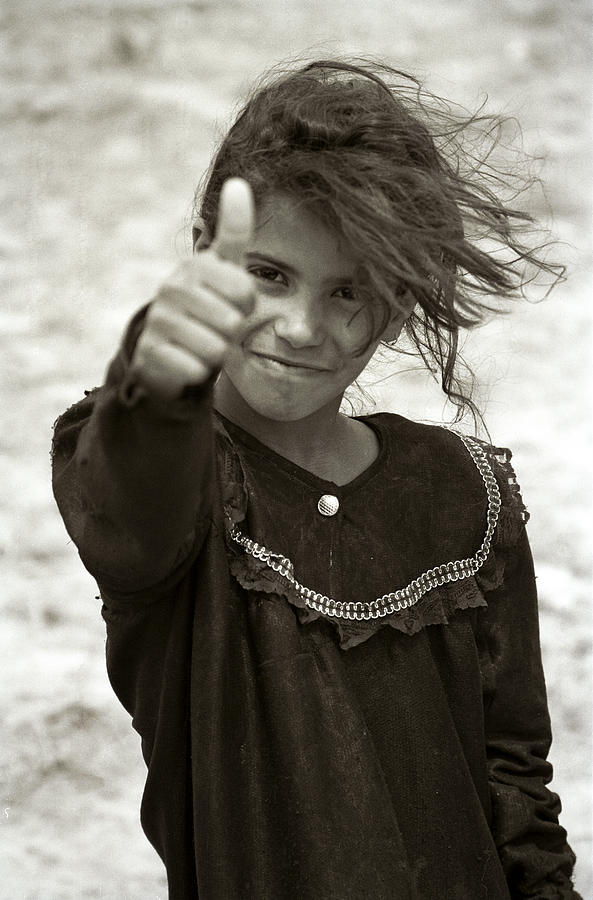 Iraq Photograph - Thumbs Up by Eric Foltz